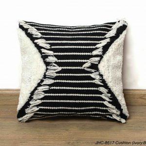 Cushion  JHC-8617  Ivory Black  18x18